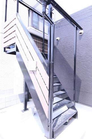 アフター 外階段リフォーム