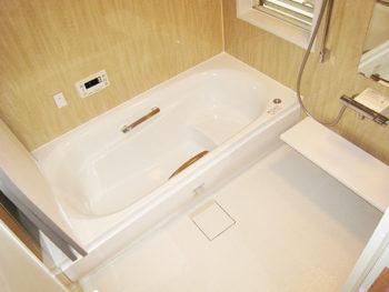 足立区 F様 お風呂・トイレ・階段下収納リフォーム